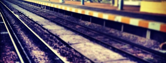 Söğütlüçeşme Tren İstasyonu is one of สถานที่ที่ Ferdi ถูกใจ.