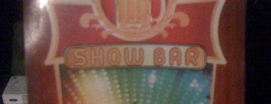 Show Bar is one of Lieux qui ont plu à Alexandre.