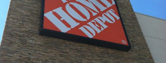 The Home Depot is one of Orte, die Jason gefallen.