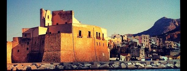 Porto Di Castellamare Del Golfo is one of Zoyaさんのお気に入りスポット.
