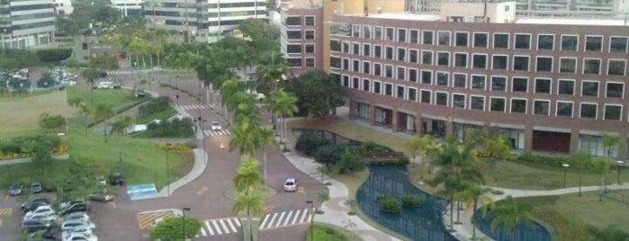 Centro Empresarial Mário Henrique Simonsen (CEMHS) is one of Locais salvos de Marlon.