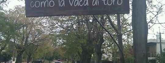Como la Vaca al Toro is one of Por ai... em Montevideo (Uruguay).