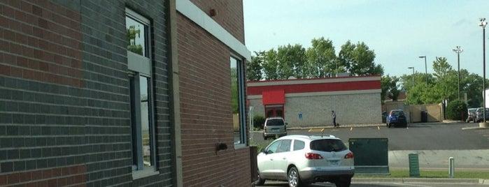 McDonald's is one of Tempat yang Disukai Alan.