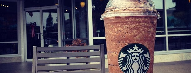 Starbucks is one of Lugares favoritos de Susan.