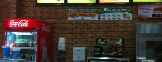 Subway is one of Almoço no Centro de Porto Alegre.