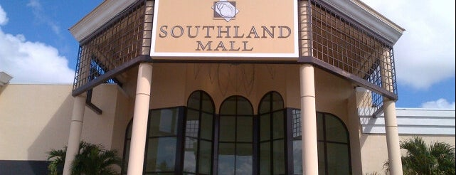 Southland Mall is one of Claudio 님이 저장한 장소.