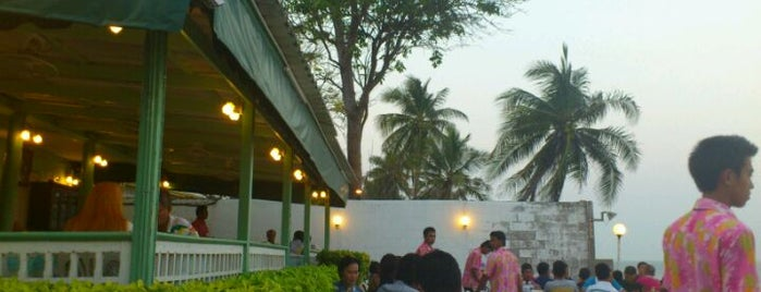 Baan Itsara is one of Hua hin.