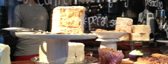 Sugarplum Cake Shop is one of Paris City Guide.