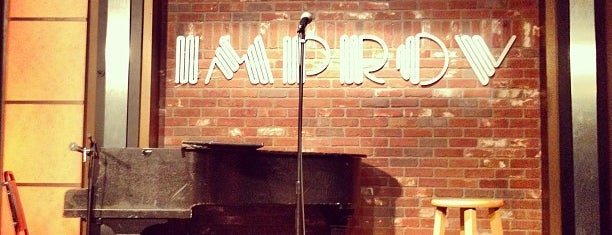 The Hollywood Improv is one of Tempat yang Disimpan Jenny.