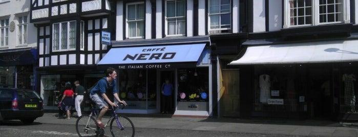 Caffè Nero is one of Posti che sono piaciuti a Polina.