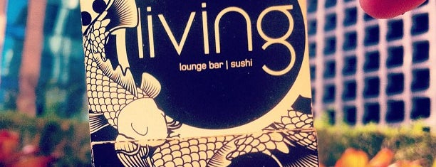 Living Lounge Bar & Sushi is one of Bares.