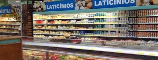 Futurama Supermercados is one of Posti che sono piaciuti a Amanda.