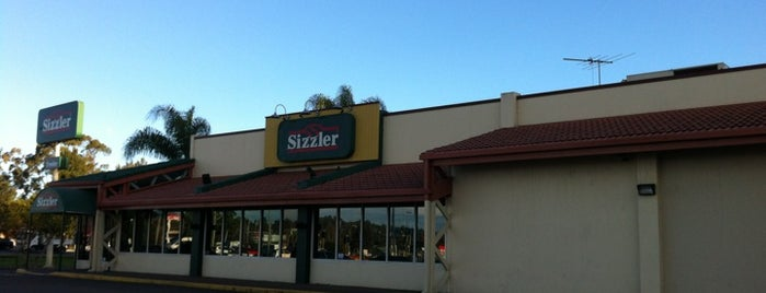 Sizzler is one of Lieux qui ont plu à Angel Dee.