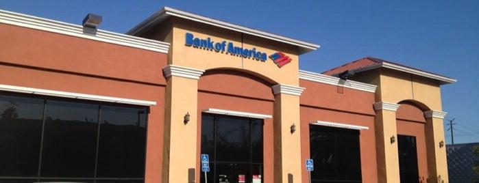 Bank of America is one of Orte, die Linda gefallen.