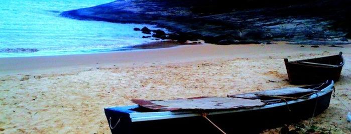 Praia da Bacutia is one of Bons lugares..