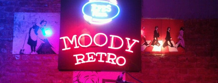 Moody Retro is one of İzmit.
