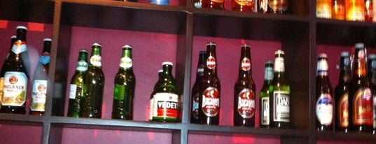 La Mafia Cervezas Del Mundo is one of Posti salvati di Luis.