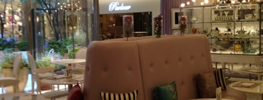 Parlour HAUTE COU-TEA is one of Seoul (강북) - Places to check out.