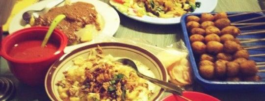 Bubur Ayam Sukabumi is one of Tempat yang Disimpan George.