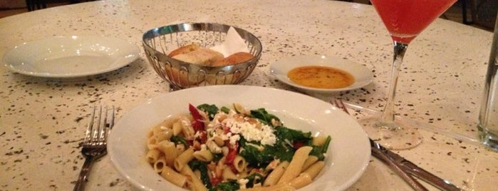 Bravo! Cucina Italiana is one of Matt: сохраненные места.