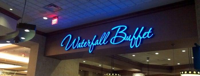 Waterfall Buffet is one of Lieux qui ont plu à Alan.
