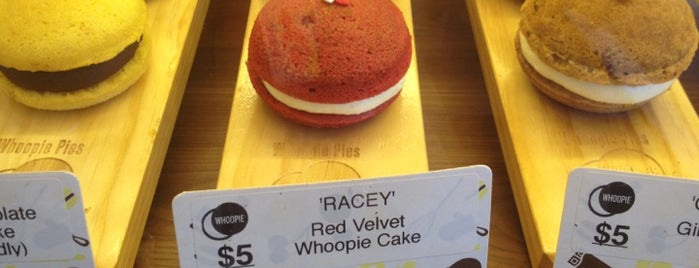 Whoopie is one of Raina 님이 좋아한 장소.