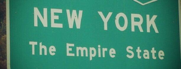New Jersey / New York State Border is one of Orte, die Nicholas gefallen.