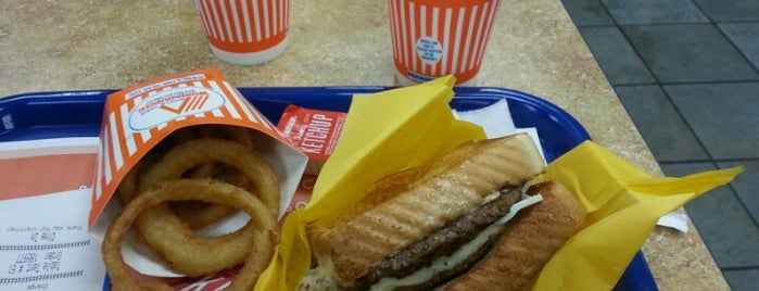 Whataburger is one of Samah 님이 좋아한 장소.