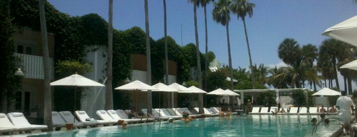 Delano Beach Club is one of Locais salvos de London.