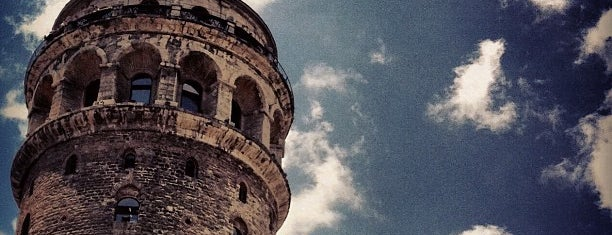 Torre di Galata is one of Istanbul City Guide.