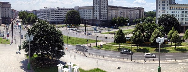 Frankfurter Tor is one of Berlin #4sqcities.
