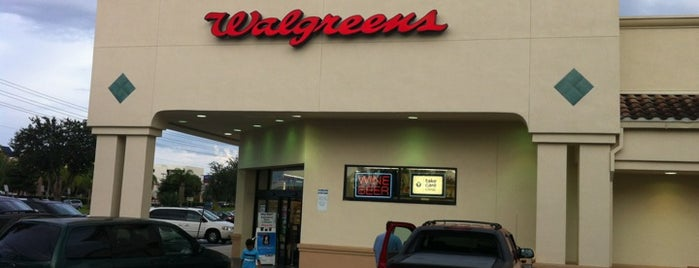 Walgreens is one of Lieux qui ont plu à M..