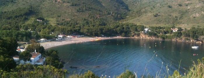 Cala Montjoi is one of Playas de España: Cataluña.