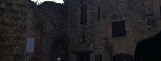 Hostellerie De L Abbaye De La Celle is one of Tous au restaurant 2012 - du 17 au 23/09.