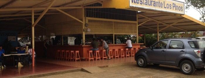 Restaurante Los Pinos is one of Jonathan'ın Beğendiği Mekanlar.