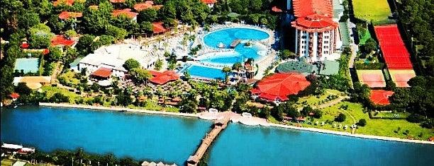 Letoonia Golf Resort is one of Tempat yang Disukai Gurkan.
