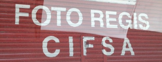 Foto Regis is one of Tempat yang Disukai Lou.