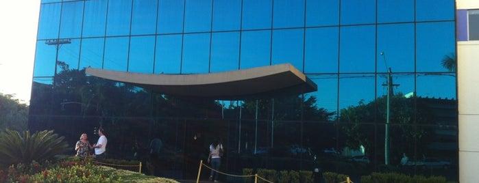Hospital Austa is one of สถานที่ที่ Heloisa ถูกใจ.