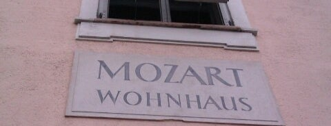 Mozart Wohnhaus is one of Helenaさんのお気に入りスポット.