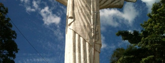 Cristo Redentor is one of Locais curtidos por Kleber.