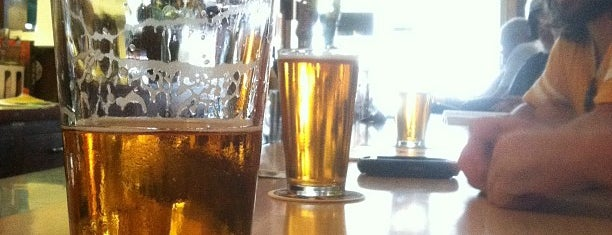 The Eastside Club Tavern is one of birra.
