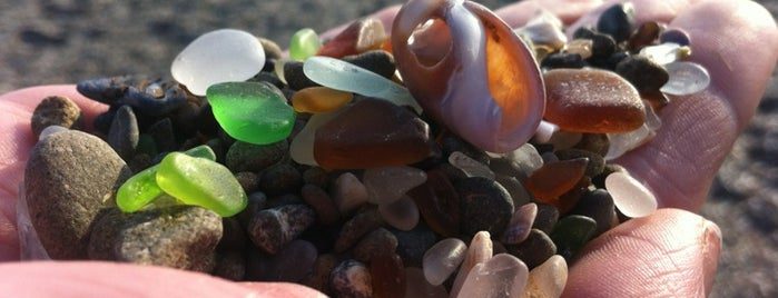 Glass Beach is one of Tempat yang Disukai Stephraaa.
