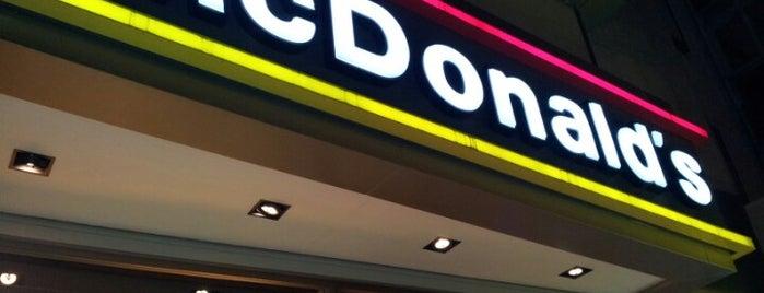 McDonald's is one of Posti che sono piaciuti a k&k.