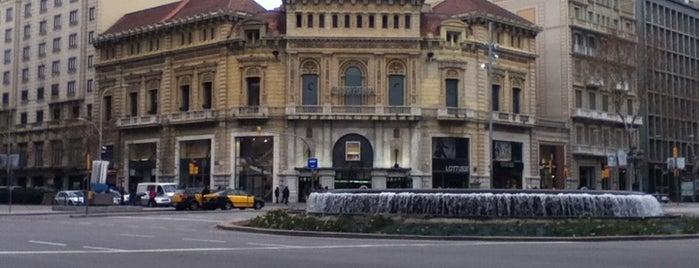 Passeig de Gràcia amb Gran Via de les Corts Catalanes is one of Most beautiful Fontains in Barcelona.