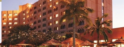 Dar es Salaam Serena Hotel is one of Veeさんのお気に入りスポット.