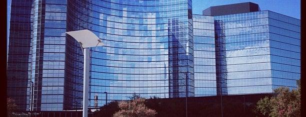 Hilton is one of SooFab : понравившиеся места.