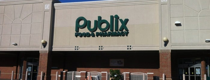 Publix is one of Lieux qui ont plu à Sherry.