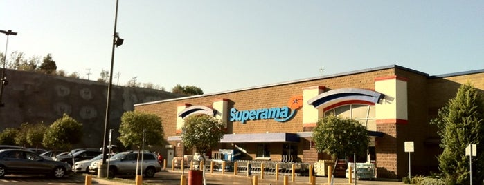 Superama is one of Lugares para comprar.