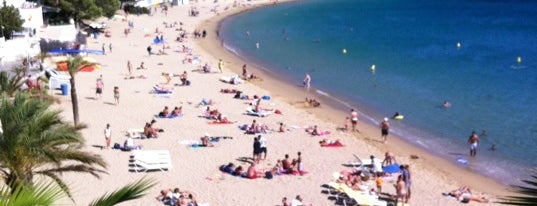 Platja de l'Almadrava is one of Catalogne.
