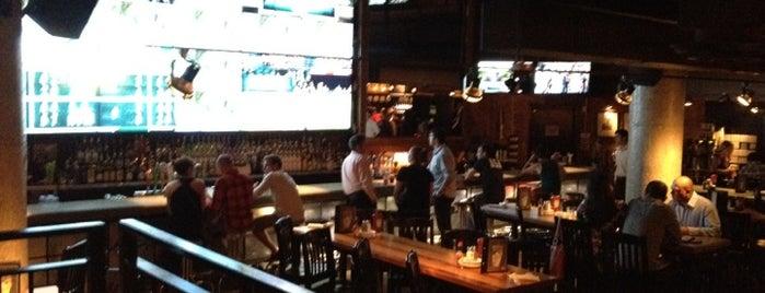 Jack Astor's Bar & Grill is one of Boris'in Beğendiği Mekanlar.